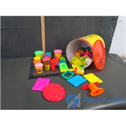 "PlayDoh Create N"" Canister"