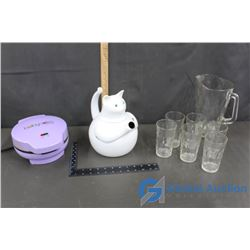 Kitty Kettle, Babycakes, Set of 6 Glasses and Pitcher