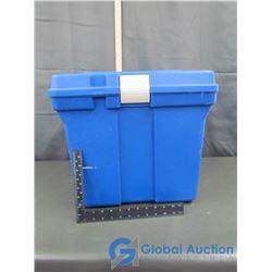 Rubbermaid Plastic Box