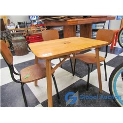 Kids Wooden Table w/4 Chairs