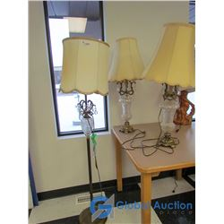 (2) Vintage Table Lamps & Matching Floor Lamp