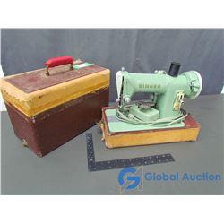 1950's Green Singer Sewing Machine w/Case