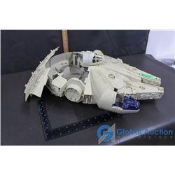Vintage Star Wars Millennium Falcon Ship Toy