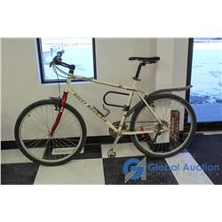 "Men's 26"" Rocky Mountain Mountain Bike"