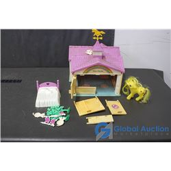 My Little Pony Stable w/Accessories