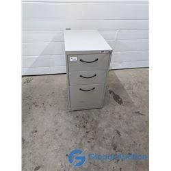 Three Drawer Metal Filing Cabinet (Working Key)