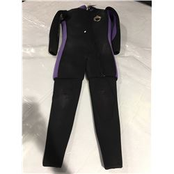 NEPTUNE 2-PCE WETSUIT - SIZE 9-10 - BLACK & PURPLE (SOME WEAR AT KNEES)