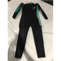 NEPTUNE 2-PCE WETSUIT - SIZE 9-10 - BLUE & BLACK (SOME WEAR AT KNEES)