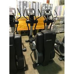 LIFE FITNESS 95 X115 COMMERCIAL ELLIPTICAL CROSS TRAINER