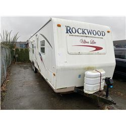 2007 ROCKWOOD ULTRALITE 30' DUAL AXLE TRAVEL TRAILER, VIN#4X4TRLC217D094548, NO ICBC DECLARATIONS