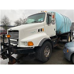 1998 FORD 2WHDR, WHITE, DIESEL, MANUAL, VIN#1FDZS96D4WVA18289, 321,619KMS, RD,CD,CC, RIGGING