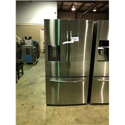 SAMSUNG STAINLESS STEEL FRENCH DOOR 28 CU.FT. REFRIGERATOR WITH WATER AND ICE DISPENSER