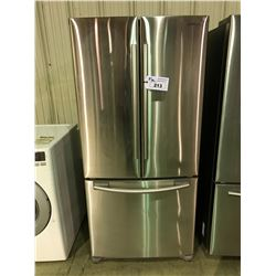 SAMSUNG STAINLESS STEEL FRENCH DOOR 18 CU.FT. REFRIGERATOR WITH SINGLE DRAWER ROLL OUT FREEZER