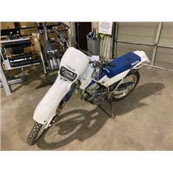 1998 YAMAHA X7 DIRT BIKE, WHITE, VIN # 29U082230M3, *NO REGISTRATION*