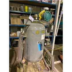 INGERSOLL-RAND T30 VERTICAL INDUSTRIAL AIR COMPRESSOR