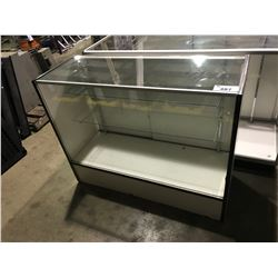 "48""L  X 18""D X 38""H  DOUBLE DOOR SHOWCASE"