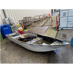 ALUMINUM BOAT WITH OUTBOARD MOTOR AND 2 OARS