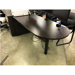 DARKWOOD 5.5' BULLET TOP EXECUTIVE DESK
