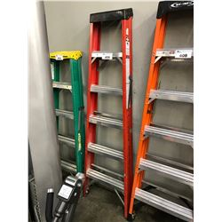 RED 6' FOLDING LADDER