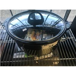 CROCK POT SLOW COOKER WITH TOUCHSCREEN TECHNOLOGY