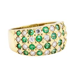 14KT Yellow Gold 0.80 ctw Emerald and Diamond Ring