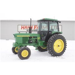 JD 4020 2wd tractor, cab, air, 55 Series factory cab, side console, powershift, 5183 hrs
