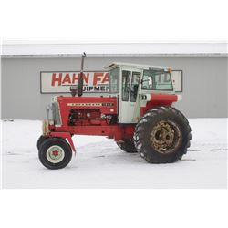 Cockshutt 1850 2wd tractor, factory cab, one owner, very clean, 3980 hrs