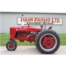 IH Farmall Super M tractor, narrow front, restored