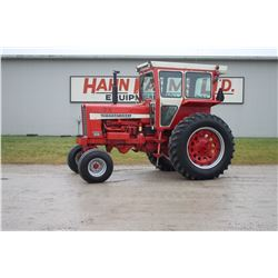 IH 856 2wd tractor cab, one owner, very clean