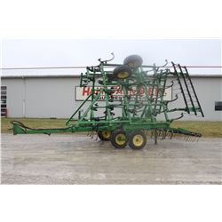 JD 960 30' cultivator, 3 bar harrow