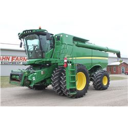 2014 JD S680 4wd combine, pro drive transmission, 1235 hrs, 650 85R38 duals, 750 65R26, hyd. folding