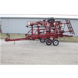 CIH 4600 26' cultivator, walking tandems, 3 bar harrow, rear hitch