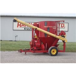 NH 352 mixmill, intake and discharge auger