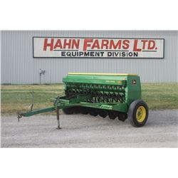 JD 8200 14 run seed drill, grass