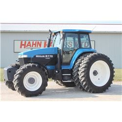 NH 8770 4wd tractor, cab, air, 480 80R46 axle duals, supersteer, 22 front weights, 6200 hrs, one own