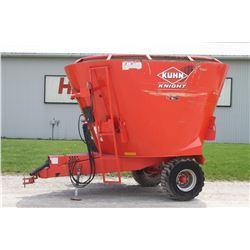 Kuhn 5135 TMR mixer, vertical screw, scales, one owner