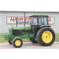 JD 2955 2wd tractor, cab, air, hi/ lo, 18.4x38, 3 remotes, 5025 hrs