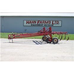 Wilrich 4400 9 shank chisel plow, walking tandem, 6 extra shank assemblies