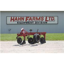 IH 531 3 furrow, 3pth plow