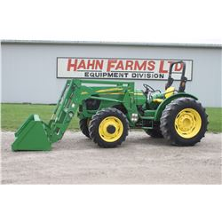 2006 JD 5425 4wd tractor, rops, 542 SL loader, power reverser, 16.9x30, 2 remotes, 3785 hrs
