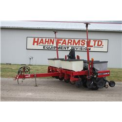CIH 1200 6 row planter, dry fert, NT coulters, Early Riser monitor, 3 bu hoppers