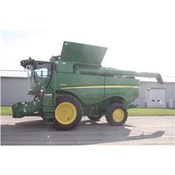 2014 JD S670 4wd combine, 520/85R-42 duals, power folding bin covers, side hill performance pkg, fin