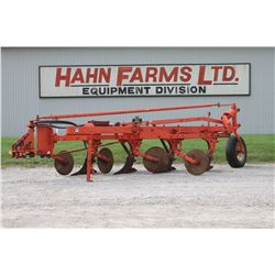Allis Chalmers 4 furrow semi mount plow