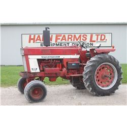 IH 966 2wd tractor, factory fender, 18.4x38, 2 remotes, 4204 hrs, original