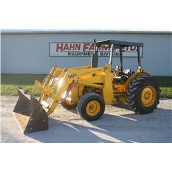 MF 40E 2wd tractor, 4 post rops, powershuttle, loader, 3 pth pto, 4265 hrs, Municipal unit