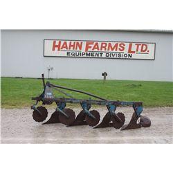 Ford 101 4 furrow plow, 3pth
