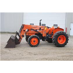 Kubota M5030DT 4wd tractor, 530 loader, shuttle, 16.9x24, 1 remote