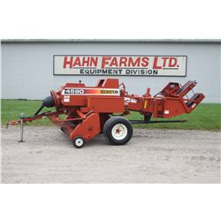 Hesston 4590 small inline square baler, thrower, low acres