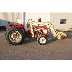 Int 454 2wd tractor, 1850 loader, 14.9x28, 2010 hrs, one owner