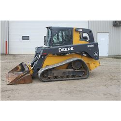 JD 333E track skidsteer, cab, air, 2 speed, hyd. QT, 500 hrs